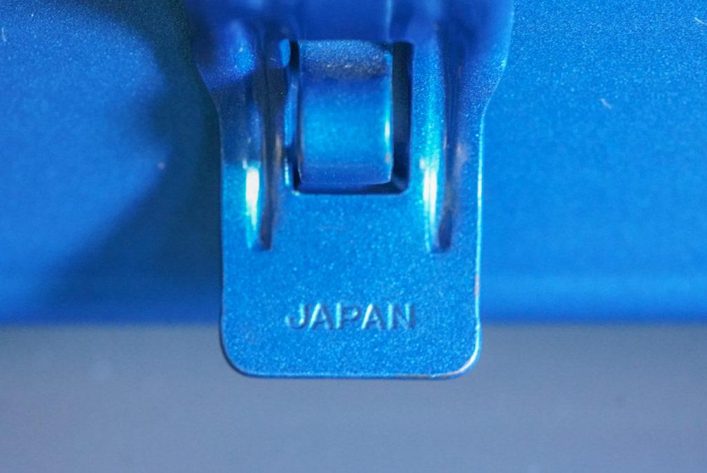トラスコのこの工具箱にはしっかりと「JAPAN」の刻印がある